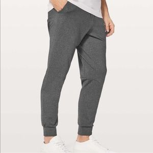 Lululemon Men's Intent Gray Joggers Sweatpants
